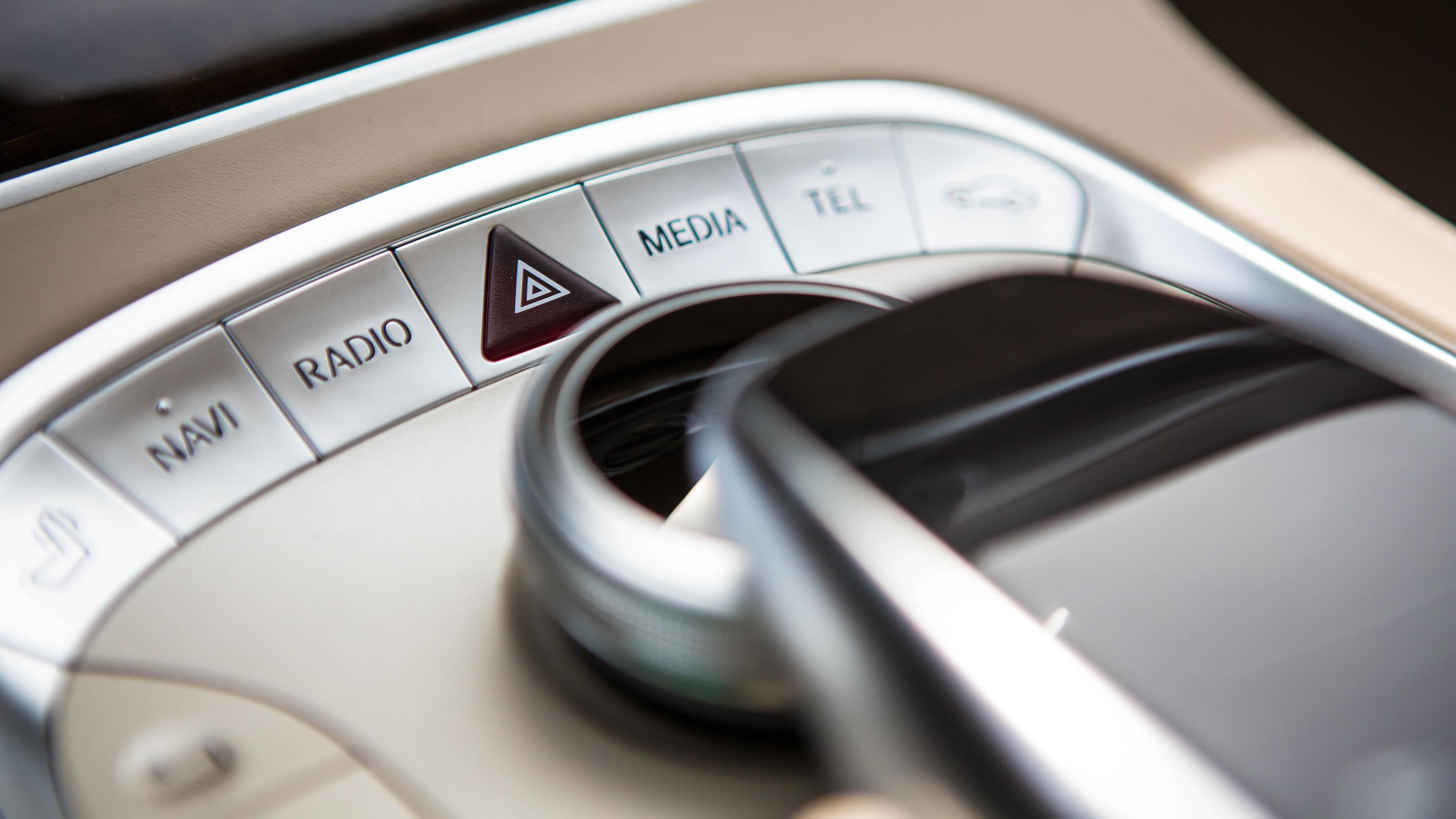 newtork-automotive-triveneto-interior-design-button